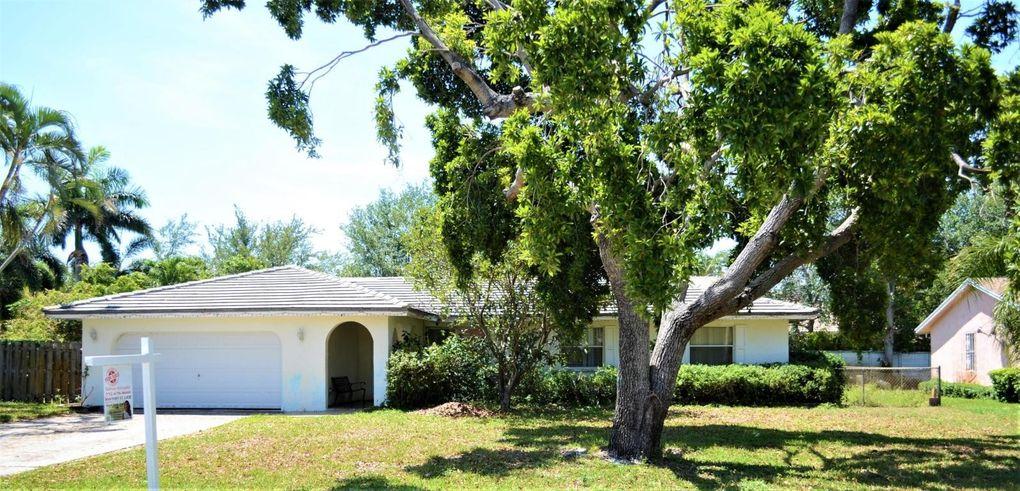 330 Ross Dr, Delray Beach, FL 33445 - realtor.com®