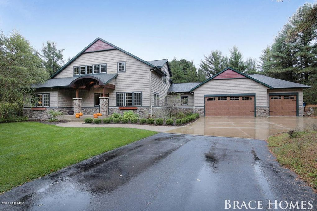 Homes For Sale In Holland Mi On The Lake