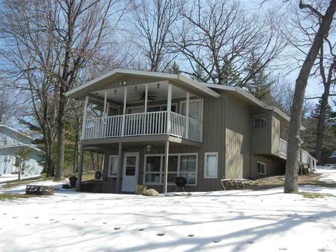 Photo of N2122 Alpine Dr, Wautoma, WI 54982