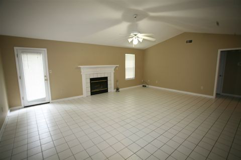 Photo of 1552 Copperfield Cir, Tallahassee, FL 32312