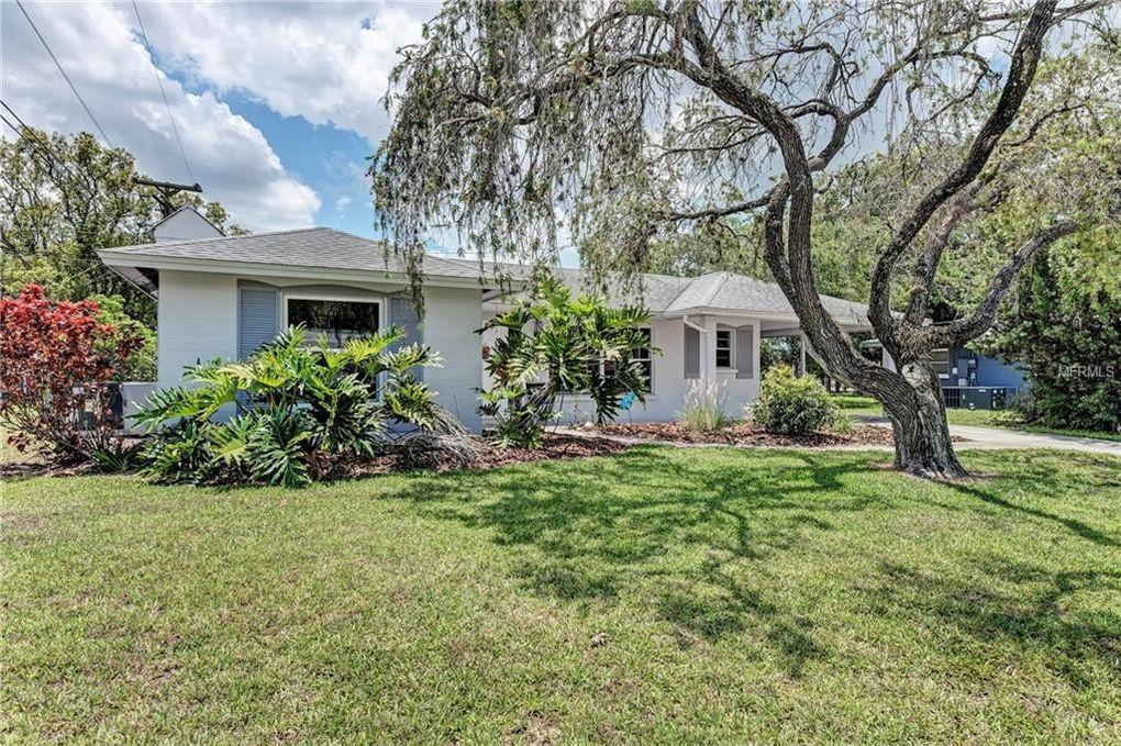 4673 Maceachen Blvd, Sarasota, FL 34233