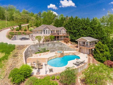 Photo of 141 Settlers Rd, Harriman, TN 37748