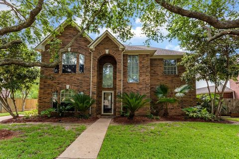 The Oaks of Clear Creek, League City, TX Real Estate & Homes
