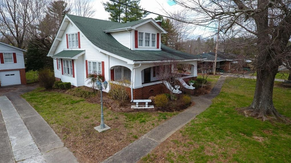 Williamsburg Property Tax Records