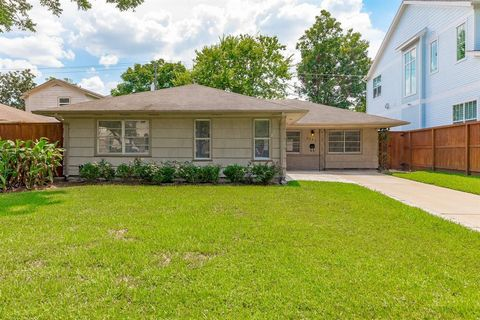 Photo of 5231 Maple St, Bellaire, TX 77401