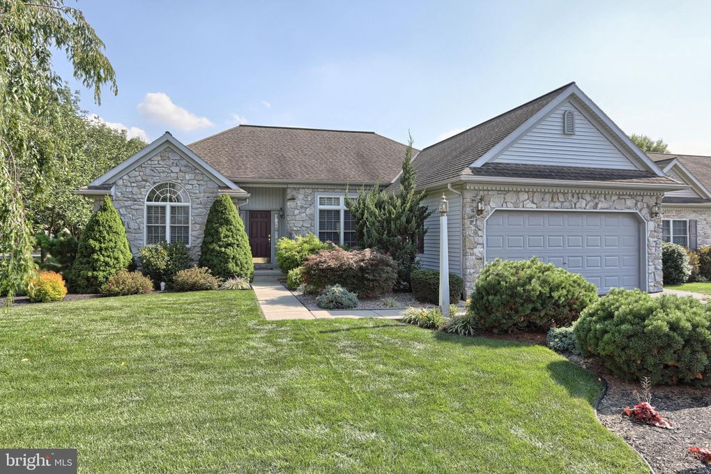 430 Little Pond Ln Lebanon, PA 17042