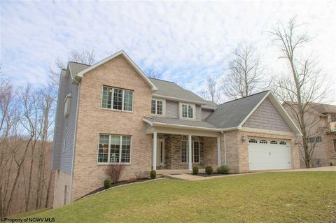 Photo of 225 Jester Ct, Morgantown, WV 26508