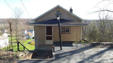 741 Youngstown Lowellville Rd, Lowellville, OH 44436