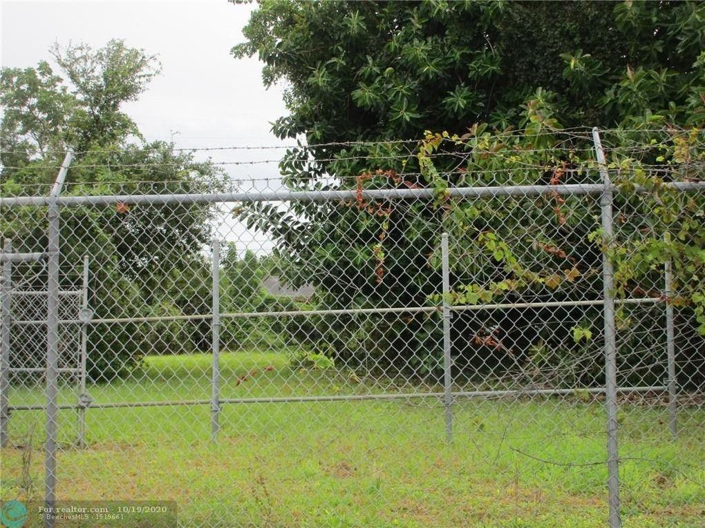 505 W Pembroke Rd Hallandale, FL 33009