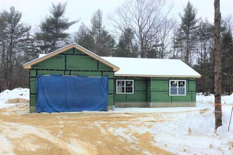Photo of 743 Stage Rd, Gilmanton, NH 03837