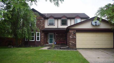 Photo of 43505 Gatehouse Ct, Canton Township, MI 48187