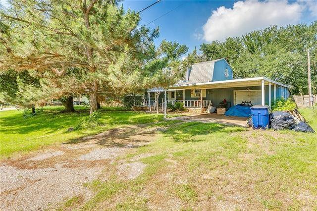2218 Long Creek Ct, Granbury, TX 76049