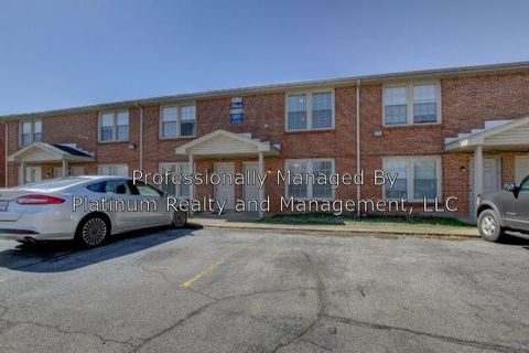 Photo of 812 Golfview Pl Unit A, Clarksville, TN 37043