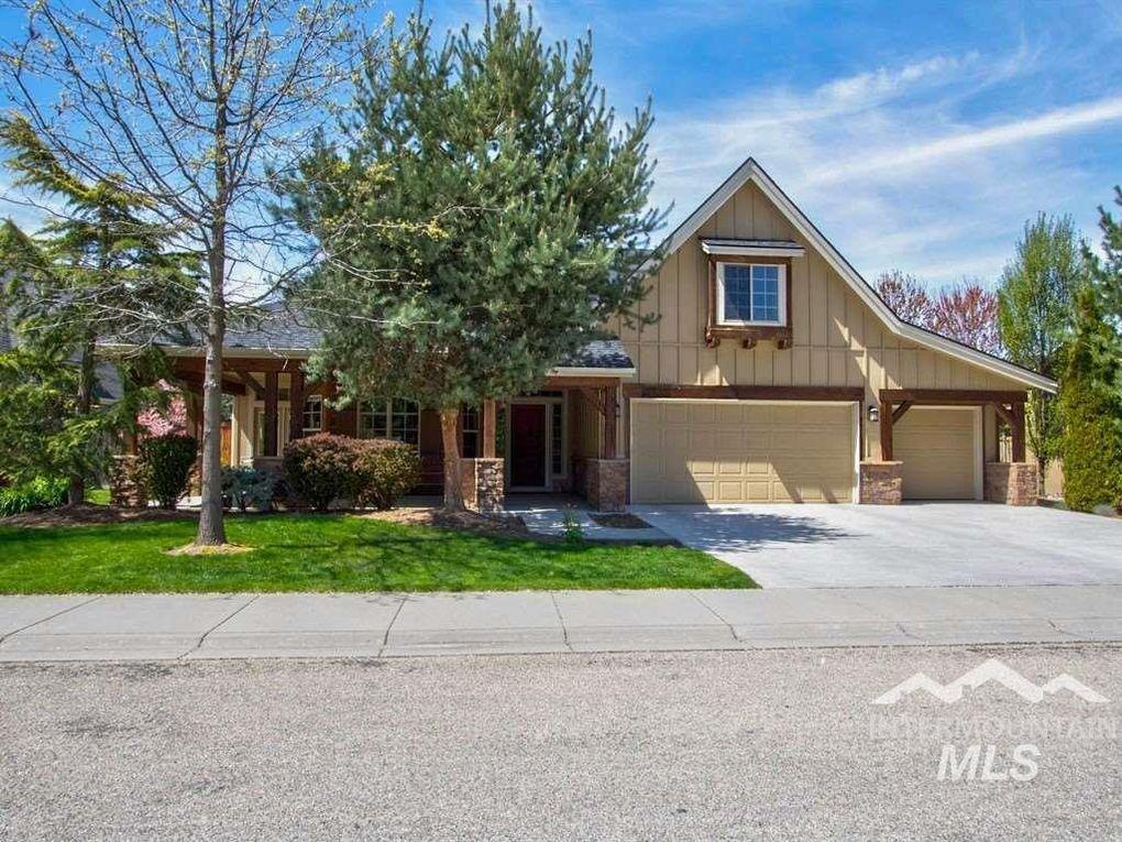 5939 N Ulmer Ln Boise, ID 83714