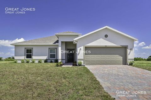 Photo of 903 Nw 37th Ave, Cape Coral, FL 33993