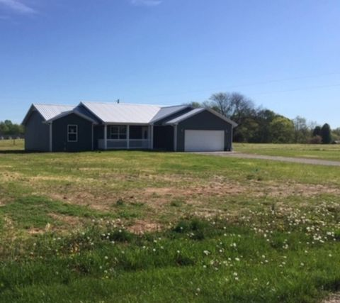 Photo of 400 Green Creek Dr, Glasgow, KY 42141