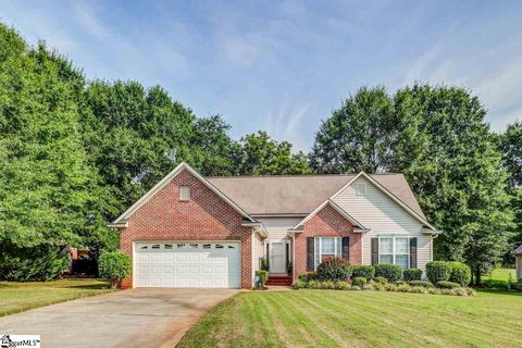 205 Harrington Dr, Anderson, SC 29625