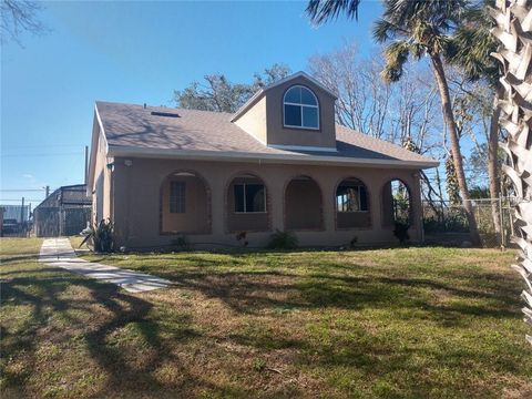 Photo of 4641 Indian River Dr, Cocoa, FL 32927