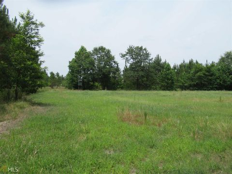 Photo of 2094 Ga Highway 15 S, Adrian, GA 31002