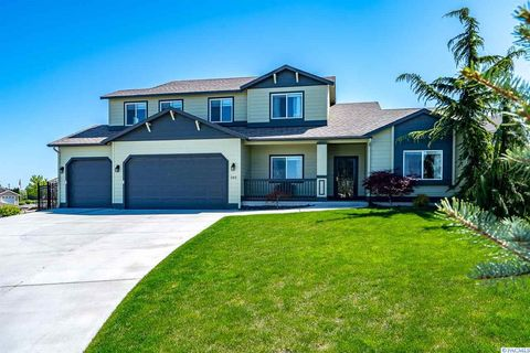 Photo of 505 Charbonneau Dr, Richland, WA 99352