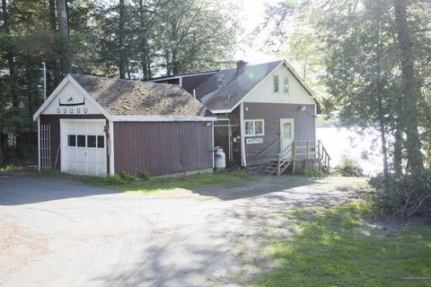 Photo of 689 Woodland Ave, Old Town, ME 04468