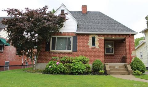 220 Cushing Ave, Kettering, OH 45429