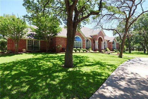 Photo of 240 County Road 3133, Decatur, TX 76234
