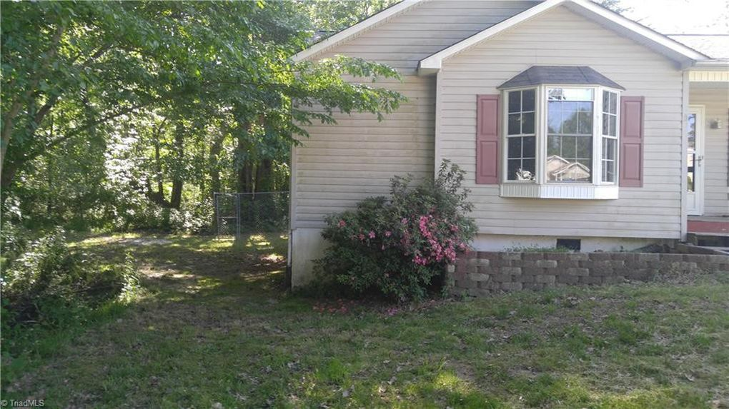 130 Ford St, Thomasville, NC 27360