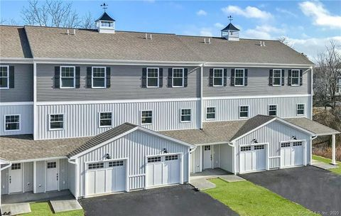 Photo of 10 Fort Hill Rd Unit 5 B, Groton, CT 06340