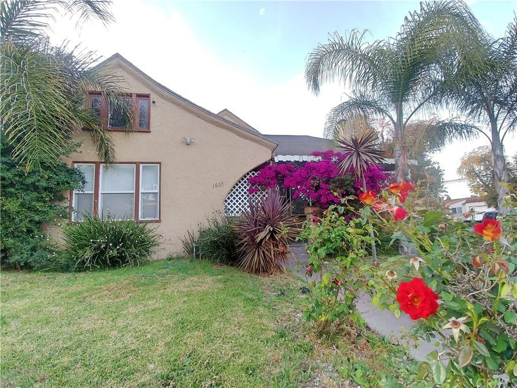 1601 W 84th St Los Angeles, CA 90047