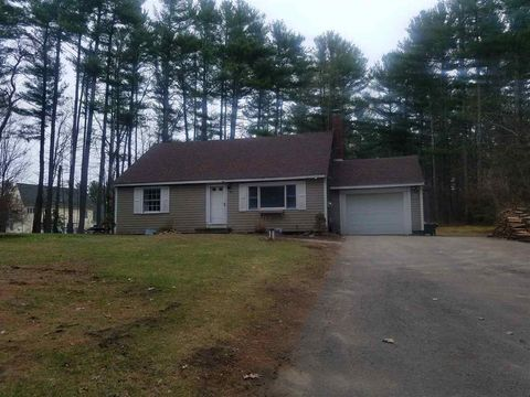 Photo of 19 Crawley Falls Rd, Brentwood, NH 03833
