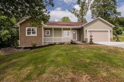 Photo of 67 Dwight St, Minford, OH 45653