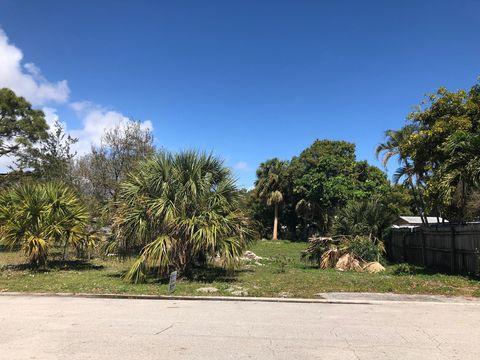 Photo of 2415 Saginaw Ave, West Palm Beach, FL 33409