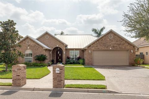 Photo of 2700 E Bluebonnet Ln, Mission, TX 78573