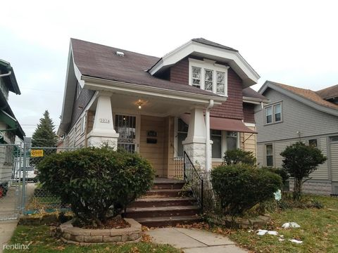 Photo of 3014 N 40th St, Milwaukee, WI 53210