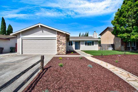Photo of 606 Hummingbird Way, Suisun City, CA 94585