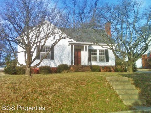 Photo of 805 St John Ave, Dyersburg, TN 38024