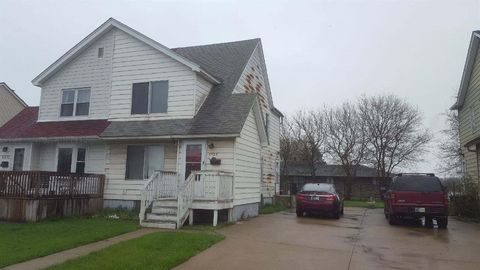 Photo of 2505 E 141st Pl, East Chicago, IN 46312