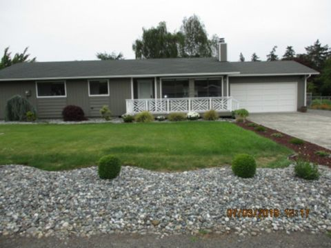 Photo of 40 Meadow Lark Ln, Sequim, WA 98382