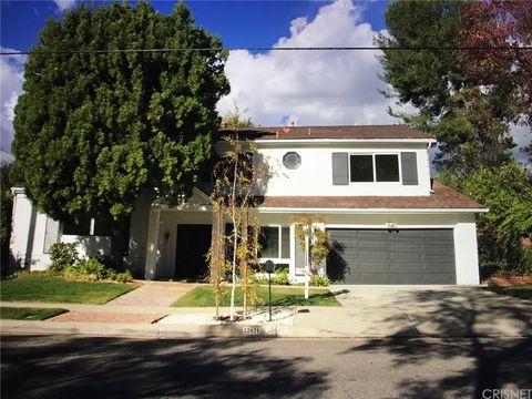 Photo of 22421 Dardenne St, Calabasas, CA 91302