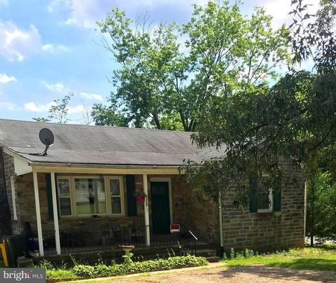 Photo of 1325 A Donald Ave Unit B, Severn, MD 21144