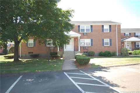 27 Brewster Rd Apt B, Glastonbury, CT 06033