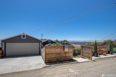 6589 Simson St, Oakland, CA 94605