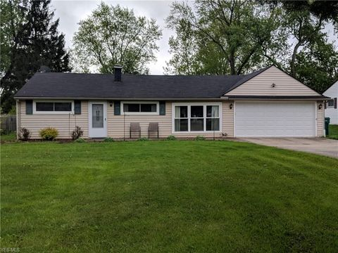 Photo of 1924 Westwood Dr, Twinsburg, OH 44087