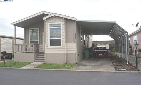 Wondrous Hayward Ca Mobile Manufactured Homes For Sale Realtor Com Home Interior And Landscaping Elinuenasavecom