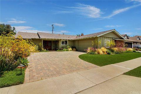 Photo of 2868 Stromboli Rd, Costa Mesa, CA 92626