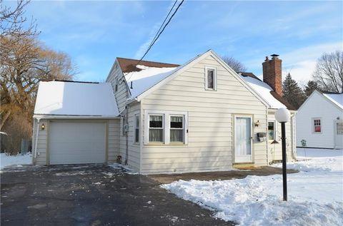 151 Rowley Dr, Rochester, NY 14624