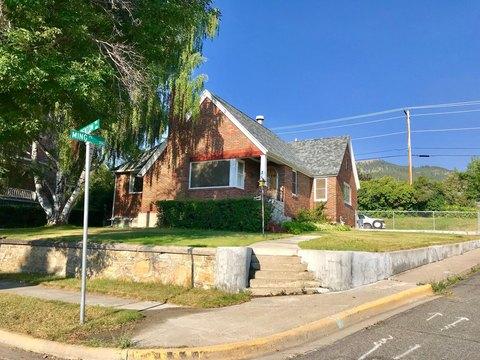 2 S Benton Ave, Helena, MT 59601
