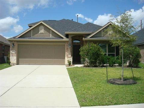 31723 Summit Springs Ln, Spring, TX 77386