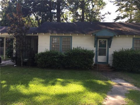 Photo of 309 N Lee St, Marksville, LA 71351
